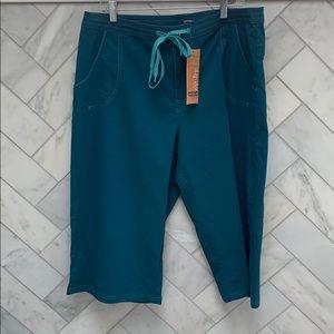 Sahalie Board/Swim shorts: NWT